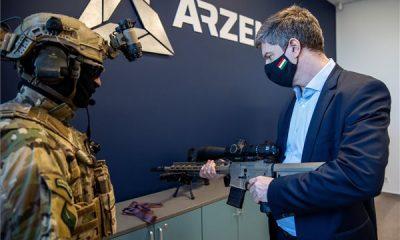 Kiskunfélegyházán folytatódik az Unique Alpine AG mesterlövész- és vadászfegyvereinek gyártása