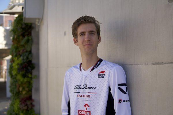 Bereznay Dani ma már magánórákat is ad azonoknak, akik hisznek az E-sportban és a Formula-1-ben. Fotó: PS