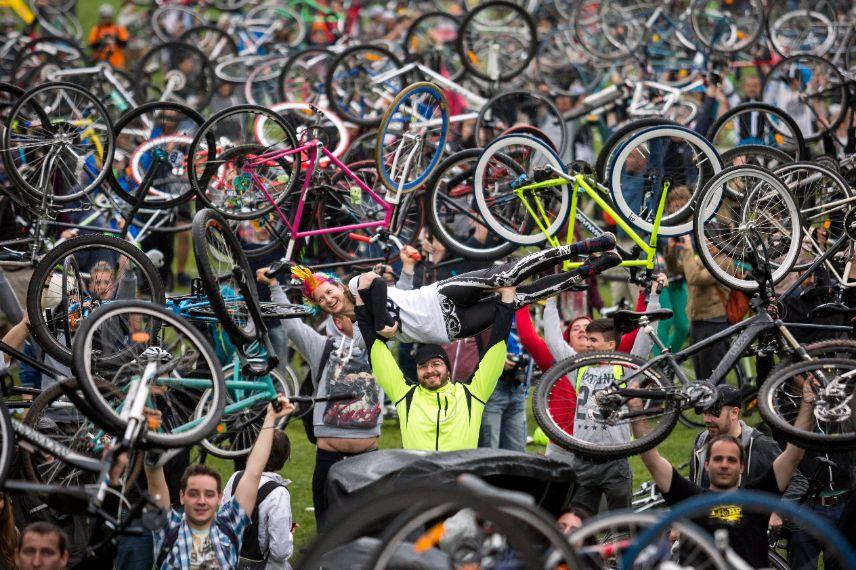 Észrevétlenül tönkretett szavaink: a kerékpározás - PestiSrácok
