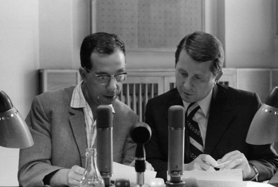 A képen a hálózati tudósító Kulcsár István (volt moszkvai stb. tudósító) és Berecz János / Forrás: Fortepan.hu, ad.: Szalay Zoltán