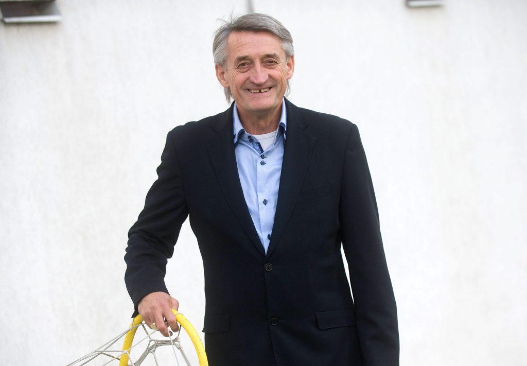 Kű Lajos egykori válogatott labdarúgó, az Aranycsapat Alapítvány alapító-elnöke. Fotó: MTI/Kollányi Péter