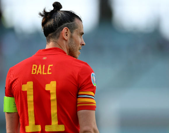 Gareth Bale ezúttal is kulcsembere Wales válogatottjának, amelyet immár az is jelez, hogy lett a csapatkapitány. Fotó: MTI/EPA