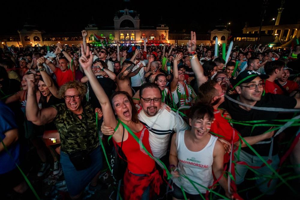 Ha mindenről (is) Orbán tehet, akkor bizony a magyar foci szárnyalásáról (is) - PestiSrácok