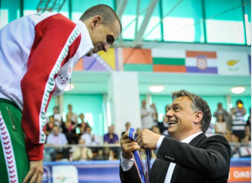 Köszönetet mondott Orbán Viktor a visszavonuló Cseh Lászlónak