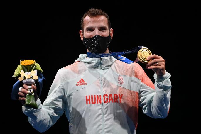 Szilágyi Áron London és Rió után Tokióban is egyéni olimpiai bajnoki címet szerzett kardvívásban. Ezzel sporttörténelmet írt! Fotó: MTI/Illyés Tibor