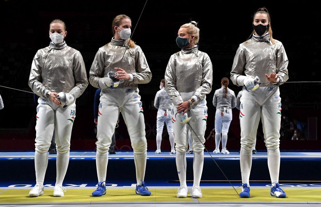 Nem sikerült a női kardcsapatnak a bravúr – Ez történt ma hajnalban Tokióban